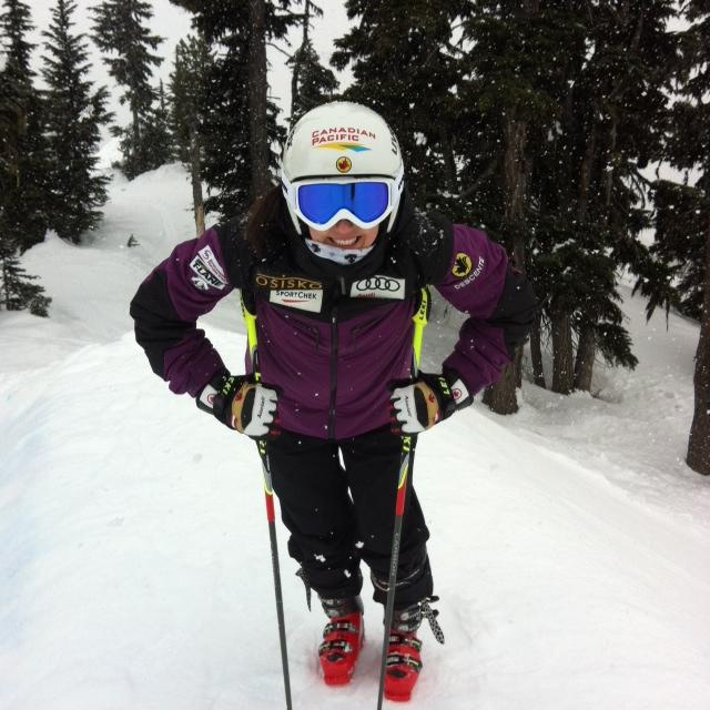 Kelsey Serwa ski cross