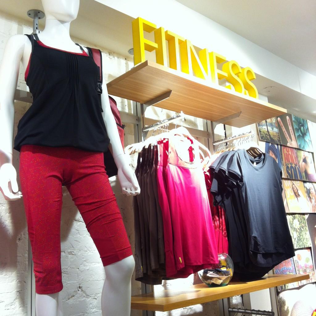 Atelier Lole Yorkville fitness gear