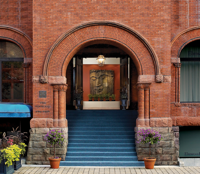 Front Entrance 72dpi_RGB