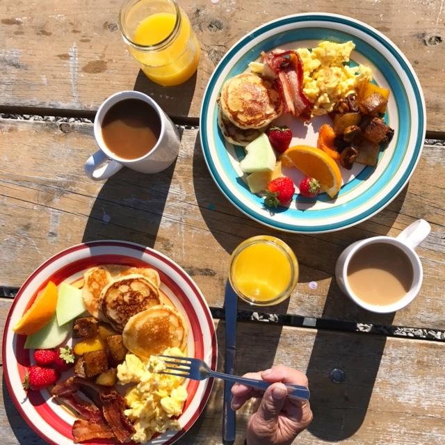 Long Point Eco Adv breakfast