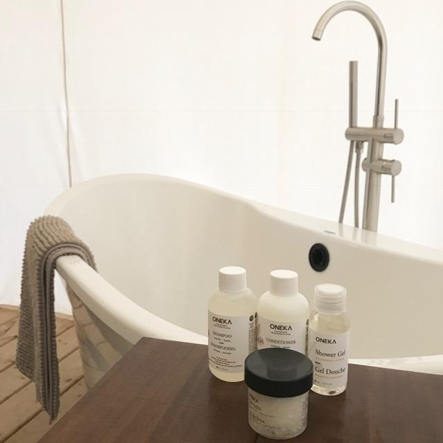 Whispering Springs bathtub